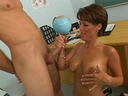 Sexy mom Kayla Synz receives nice load over her face and chest