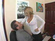 Smoking hot chick Carmel Moore seducing her boss in the office