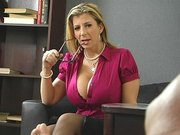 Busty doctor Sara Jay hypnotized her patient by showing him her tits