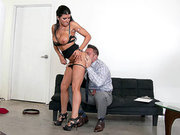 Romi Rain enjoys getting her ass tongued