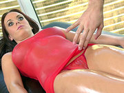 Rahyndee James gets her body oiled and rubbed down