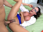 Dr. Ariella Ferrera sneaks in to fuck a incarcerated patient