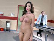 Busty prostitute Ariella Ferrera lands in the hands of Danny D