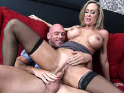 Brandi Love sits on his cock and rides