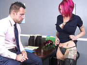 Pink haired mom Anna Bell Peaks wants this guy's hot body