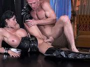 Sexy MILF porn star Eva Karera gets pussy drilled