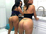 Becca Diamond and Vanessa Luna shaking their asses
