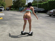Skateboarding babe Luna Star Shows her big ass off outside